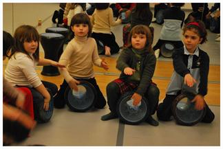 Talleres de percusión para niñas y niños