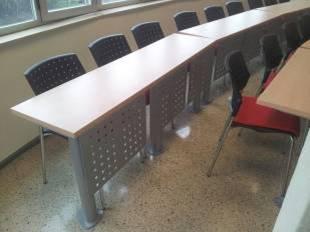Mobiliario para aulas fijo o escalonadas