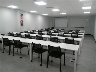 MOBILIARIO PARA AULAS INFORMÁTICA-2
