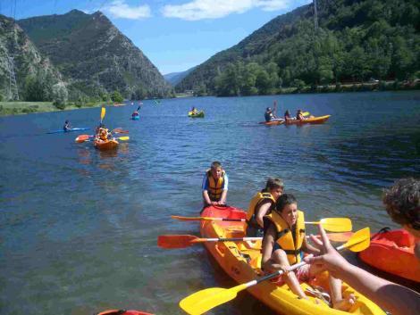 Campamento en Pirineos sin inglés